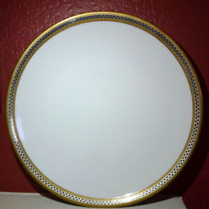 Hutschenreuther White Dinner Plate Gold Trim Germany 1814 404686