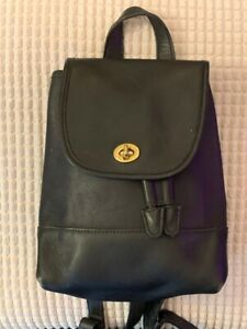 Vintage COACH Black Leather Daypack/Backpack Turnlock Top Handle #9960