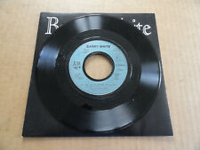 """DISQUE 45T HORS COMMERCE DE BARRY WHITE  """" PUT ME IN YOUR MIX """""""