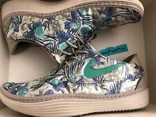 Nike Solarsoft Moccasin Floral print size 9.5 men's 622268-003 flower shoes