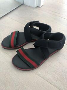 Gucci Girls Ladies Black Sandals Flats Shoes Size 3 UK