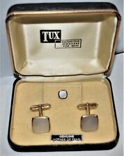 Tux Genuine Mother of Pearl. A Pair of Men's Cufflinks. See the picture's.