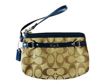 NWT COACH SIGNATURE KHAKI JACQUARD & NAVY MEDIUM WRISTLET 48299 $78 RETAIL