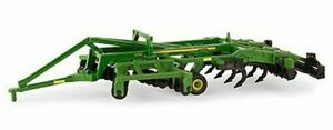 NEW John Deere 2730 Combination Ripper, 1/64, Ages 3 Collector Card LP64450