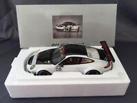 PORSCHE 911 997 GT3 RSR Nº 08 - 1:18 AUTOART