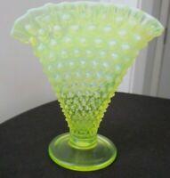 Vintage Fenton Topaz (Vaseline)Opalescent Hobnail footed Fan Vase  disc mint