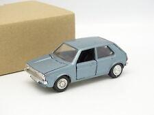 Schuco SB 1/43 - VW Golf 1 Bleue
