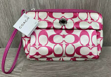 Coach Pink Signature Nylon Cosmetic Wristlet Purse Clutch Wallet Makeup NWT (46)