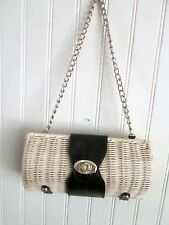 LADIES PURSE WICKER / GOLD CHAIN 9 X 5 OVAL