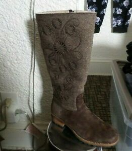 UGG Fabric & Suede Embroidered Zip Boots New Size 7.5M