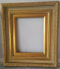 André Handmade Wood Picture/Frame Scoop-Ribbed Antique Gold W/Gold Liner 5 x 7.