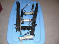 1999-2000-01-2002-03-2004 LAND ROVER DISCOVERY II LEFT DRIVER SEAT TRACK MOTORS