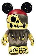 Disney Pirates of the Caribbean Series #1 Vinylmation ( Skeleton Helmsman )