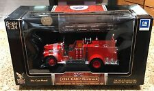 Yat Ming ROAD SIGNATURE SERIES 1:24 SCALE DIECAST 1941 GMC FIRE TRUCK