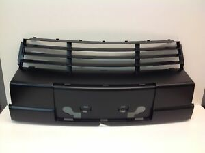 BMW OEM 89-94 525i-Grille Grill-in Bumper 51111978079