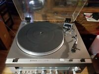 Vintage Hitachi HT-324 Belt Drive Turntable (1979-1981) WORKING - NICE shape