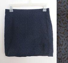 Club Monaco size 0 blue paisley print mini skirt - CREASE MARK AT BOTTOM