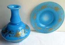 Service de nuit, à eau, carafe et soucoupe opaline bleue et or fin, Charles X