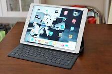 Apple iPad Pro 128GB, Wi-Fi / 12,9 Zoll / Silber / Displayflecken