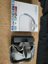 Oculus Go 32GB Standalone Virtual Reality Headset, Controller Remote, Gray