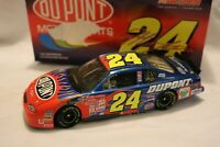 NASCAR 2001 Action JEFF GORDON DUPONT FLAMES 1/24  Diecast Car