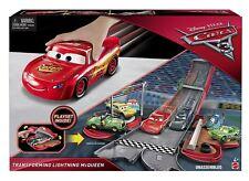 Cars 3 Transforming Lightning McQueen Disney Pixar Playset