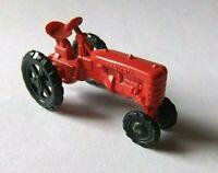 HO Farmall Farm Traktor Plastik Kunststoff Modell Modellbahn Diorama Bauernhof