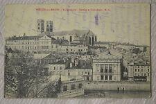 """CPA """" VERDUN SUR MEUSE - Vue générale - Théâtre et Cathédrale"""