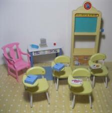 1990s I LOVE BARBIE SCHOOL Classroom Chalkboard Teacher furniture doll Desks Set