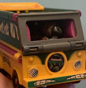 Vintage 90's Teenage Ninja Turtles Splinter Action Figure Transform Toy Van TM