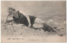 CPA magnifique baigneuse blonde - BATH GIRL - sixties sixty - Pin-Up