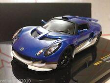 Modellini statici di auto da corsa blu IXO scala 1:43