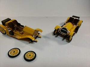 Two Gowland & Gowland  1914 Stutz Bearcat Convertibles 1:32 Scale