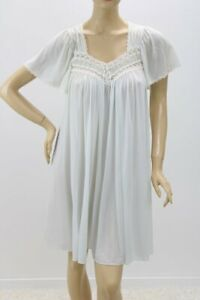 """vintage Miss Elaine nightgown Super soft nylon bust to 40"""" Blue M USA"""
