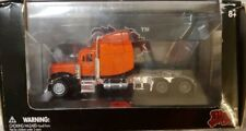 Malibu International Diecast Tractor Truck Orange 1:87 With Case