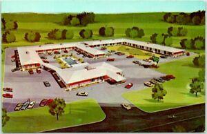 Jackson, Mississippi Postcard HOLIDAY INN MOTEL Artist's View Roadside c1960s