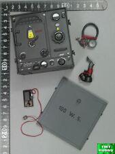 1:6 Scale DID D80133 WWII German WH Radio Operator - Transmitter Set (Metal)