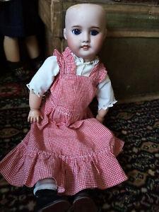 ancienne poupée Sfbj 60 Paris 1