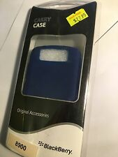 BlackBerry 8900 Javelin Silicon Skin Case Cover in Blue BBY-S89B Original B/New