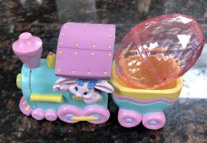 Cute 1993 Hallmark Smith & Binney Easter Express Bunny Crayola Figurine Train