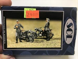 SOL Model 1/48 scale WWII German BMW Motorcycles & Figures resin set