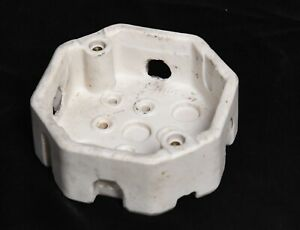 VINTAGE P. P. INC 8314 CERAMIC ELECTRIC WIRE OUTLET INSULATOR JUCTION BOX