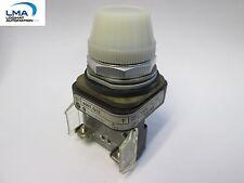 ALLEN BRADLEY 800T-Q10 WHITE ILLUMINATED LIGHT INDICATOR 120V *** NEW