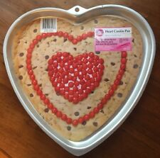 CLEARANCE Wilton **GIANT HEART COOKIE PAN** #6203