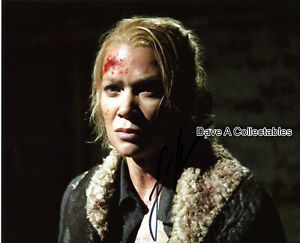 """LAURIE HOLDEN signed photo - """"Andrea Harrison"""" in THE WALKING DEAD - D:8462"""