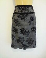 BNWT Ladies Sz 10 Smart Black Stunning Velvet Look Crinkle Style Stretch Skirt