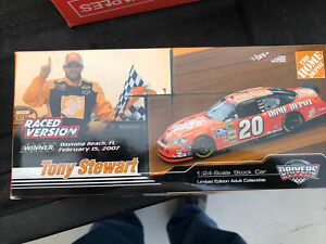 New 2007 Tony Stewart Home Depot Twin 150's Raced Win 1/24 Scale Diecast Car