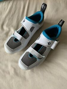 Lightly Used Specialized Trivent Expert Womens Bike Shoes Size US 8 Eur 39