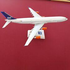 L&D🇫🇷 maquette Avion agence SAS Scandinavian Airlines  Airbus A340 1:200