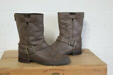 BROWN FAUX LEATHER BIKER BOOTS SIZE 4 / 37 BY CLARKS USED CONDITION